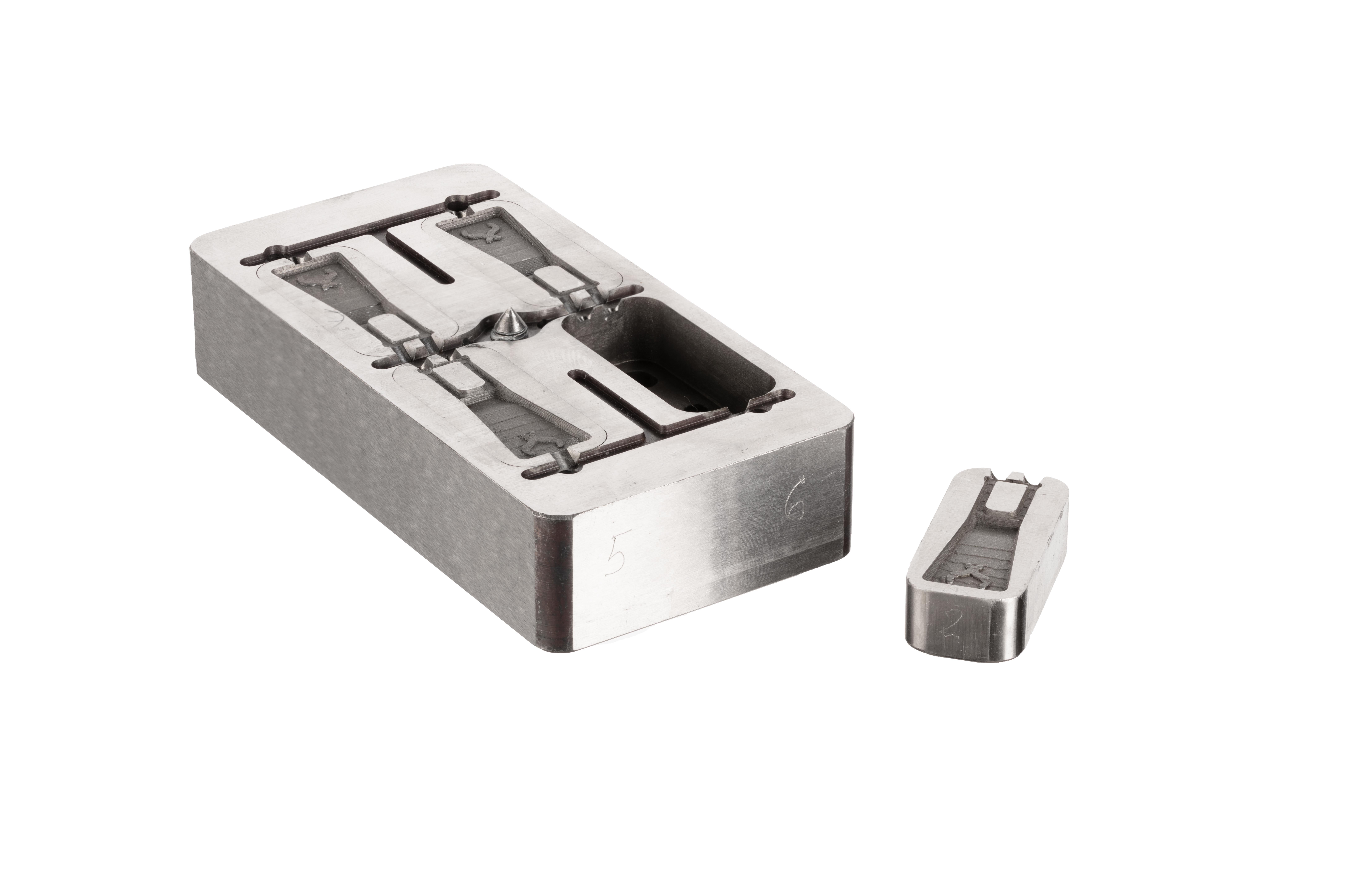 Stampo per cerniere con metalli per la stampa 3D H13